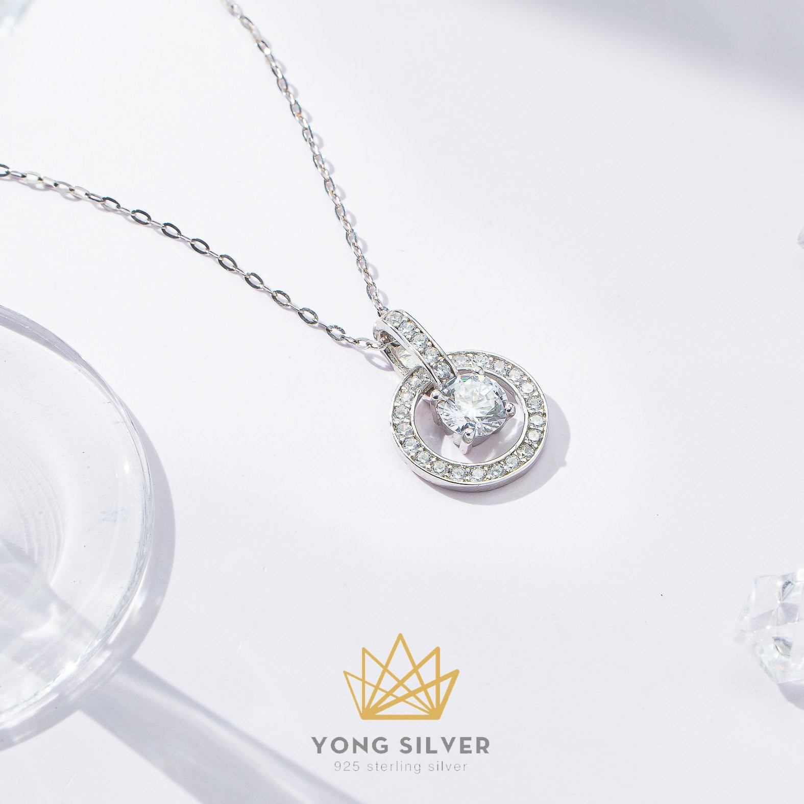 Luxury Bling Circle Necklace